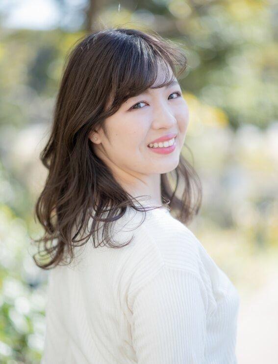 歯科で働く管理栄養士|石川桃子|プロフィール写真|縦